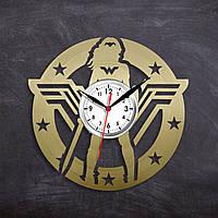 Часы супергероя Wonder Woman Часы с винила Удивительная Женщина Виниловые часы Кварцовый механизм Золтые часы