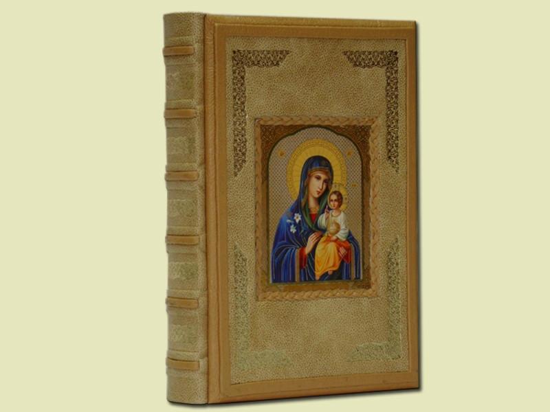 """Книга иллюстрированная в кожаном переплете """"Великие православные праздники"""""""