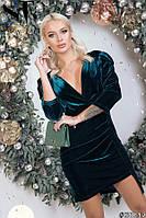 Бархатное платье на новый год с глубоким декольте 42 - 44 46-48
