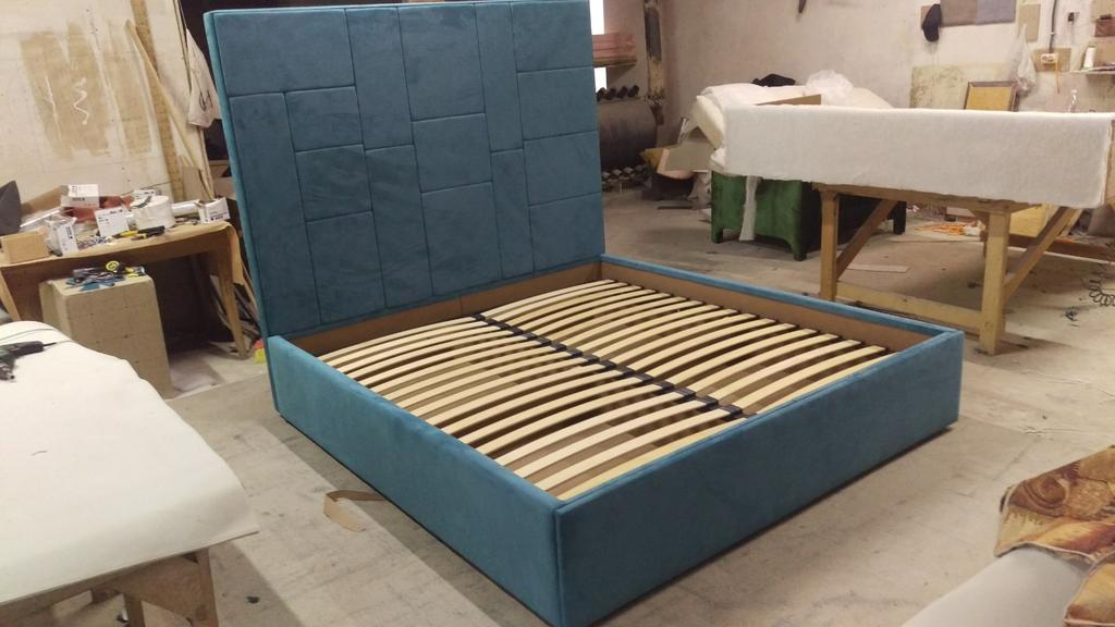"""Двоспальне ліжко """"Спарта"""" Хаотичні панелі, пінополіпропілен. 2"""