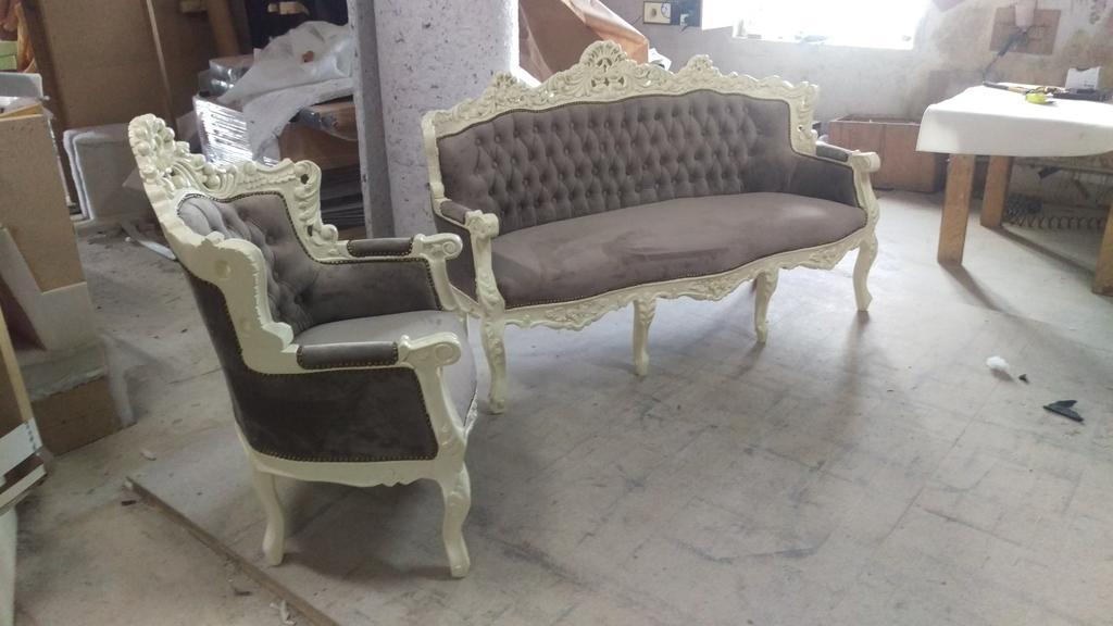 Реставрація м'яких меблів в стилі бароко. 1