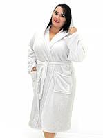 Махровый халат на запах с капюшоном светло-серый