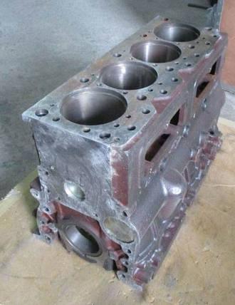 Блок цилиндров двигателя 4L22BT, фото 2