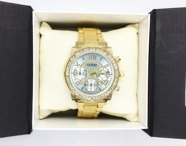 жіночі наручні годинники Guess