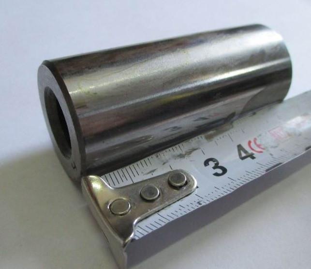 Палец поршневой двигателя 4L22BT