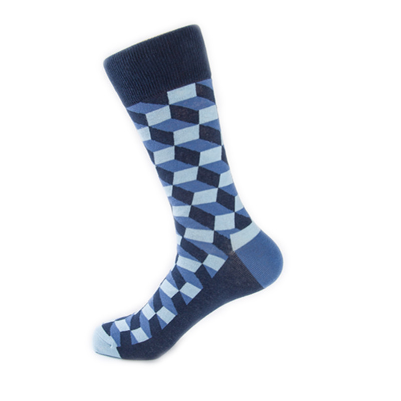 Классические длинные мужские носки клетчатые