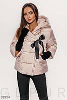 Короткая стеганая куртка бежевая