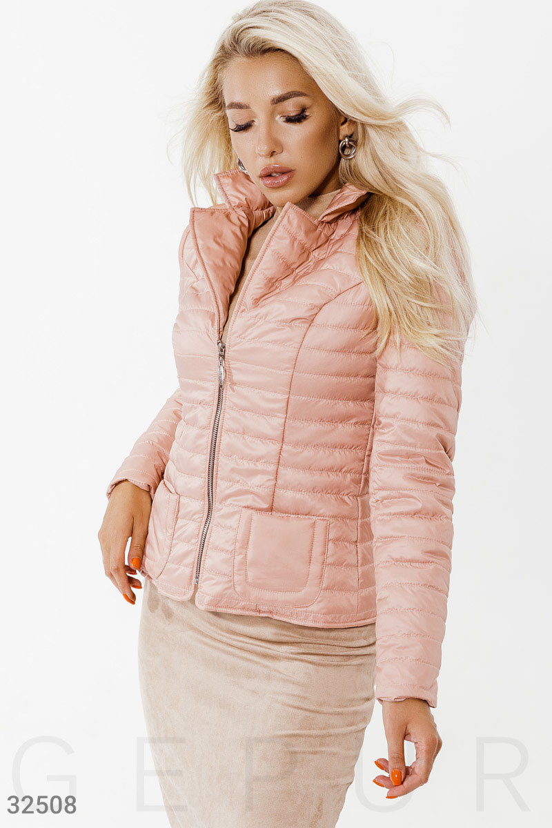 Демисезонная стеганая куртка пудровая