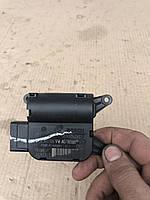 Моторчик-регулятор заслонок печки  Volkswagen Golf 5 1К0 907 511 С