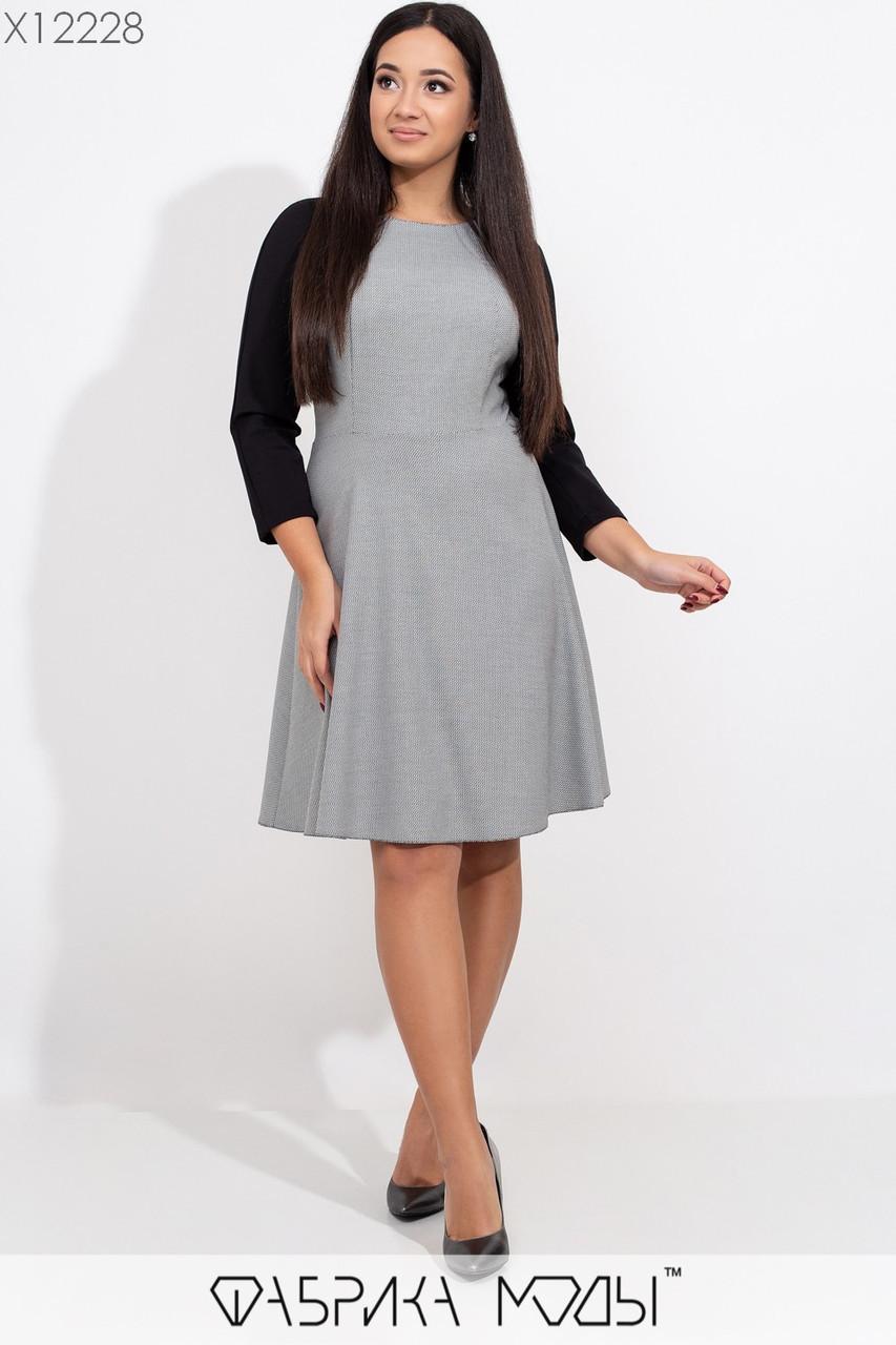 Двухцветное платье в больших размерах с расклешенной юбкой и рукавом регланом 3/4 1ba430