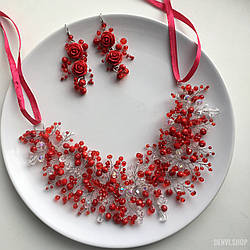 """Веточка - венок """"Leddi Red"""" ручной работы с хрусталем в красно-белом цвете."""