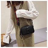 Сумка женская под крокодила Camera Bag  в стиле Marc Jacobs с ацтекским ремнем (черная), фото 4