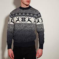 Мужской свитер с оленями синий