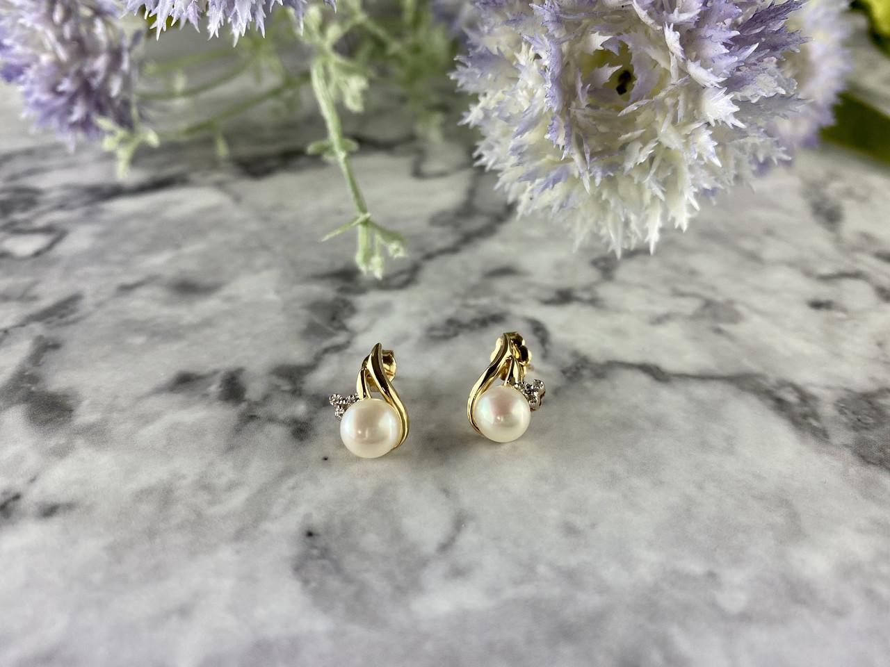 Золоті сережки-гвоздики з Перлами і Діамантами