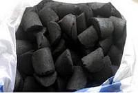 Брикеты из каменного угля марки антрацит.