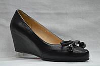 Туфли кожанные с бантиком на скрытой танкетке ERISSES. Маленькие размеры (33 - 35).