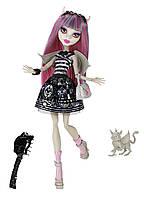 Кукла Monster High Рошель Гойл базовая с питомцем / Rochelle Goyle Doll