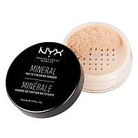 Минеральная финишная пудра NYX Professional Makeup Mineral Matte Finishing Powder Light/Medium