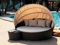 Накрытие чехлы и подушки на садовую мебель