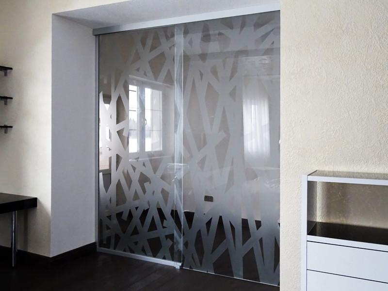 16 Стеклянная раздвижная перегородка с с рисунком - Раздвижная дверь из стекла с рисунком
