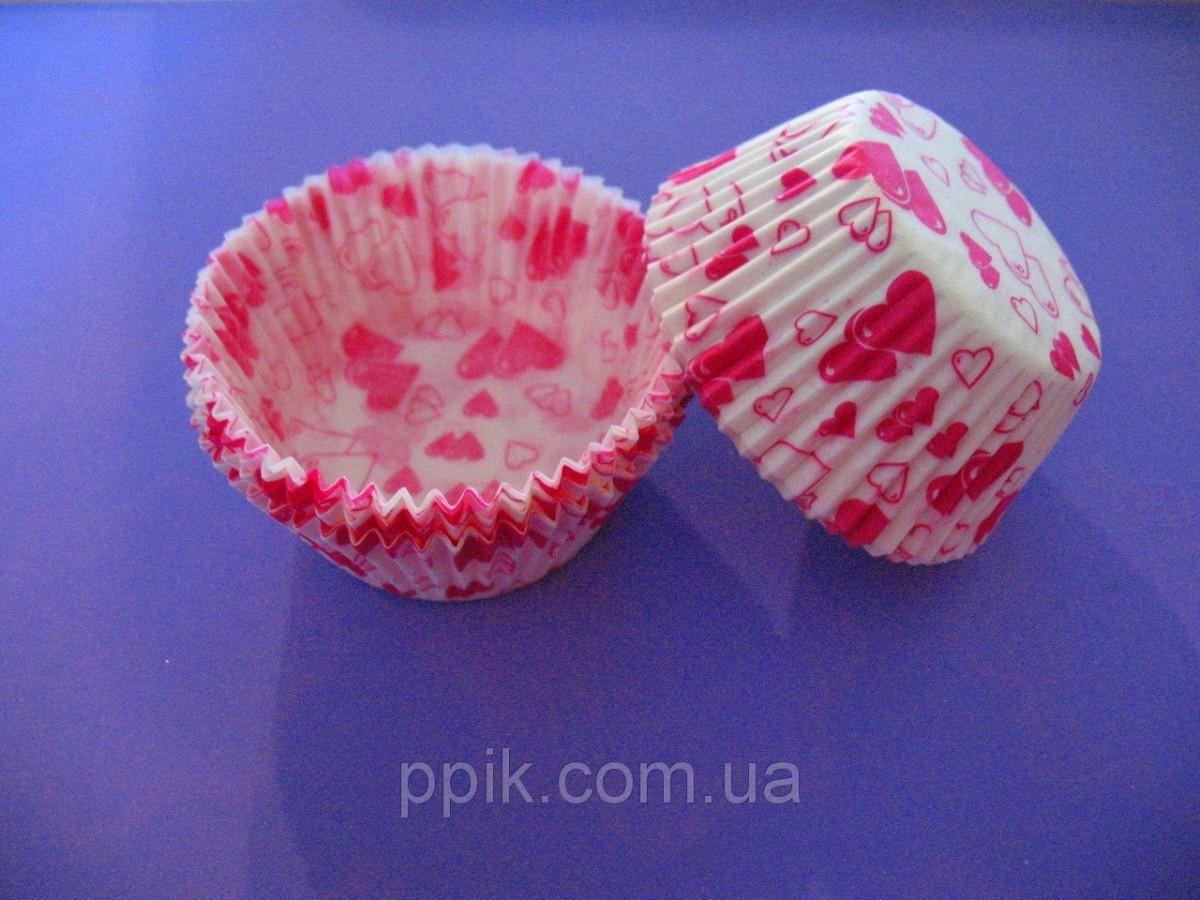 Тарталетки (капсулы) бумажные для кексов, капкейков Розовые Сердечки