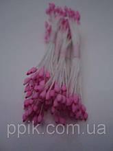 Розовые тычинки с красным кончиком