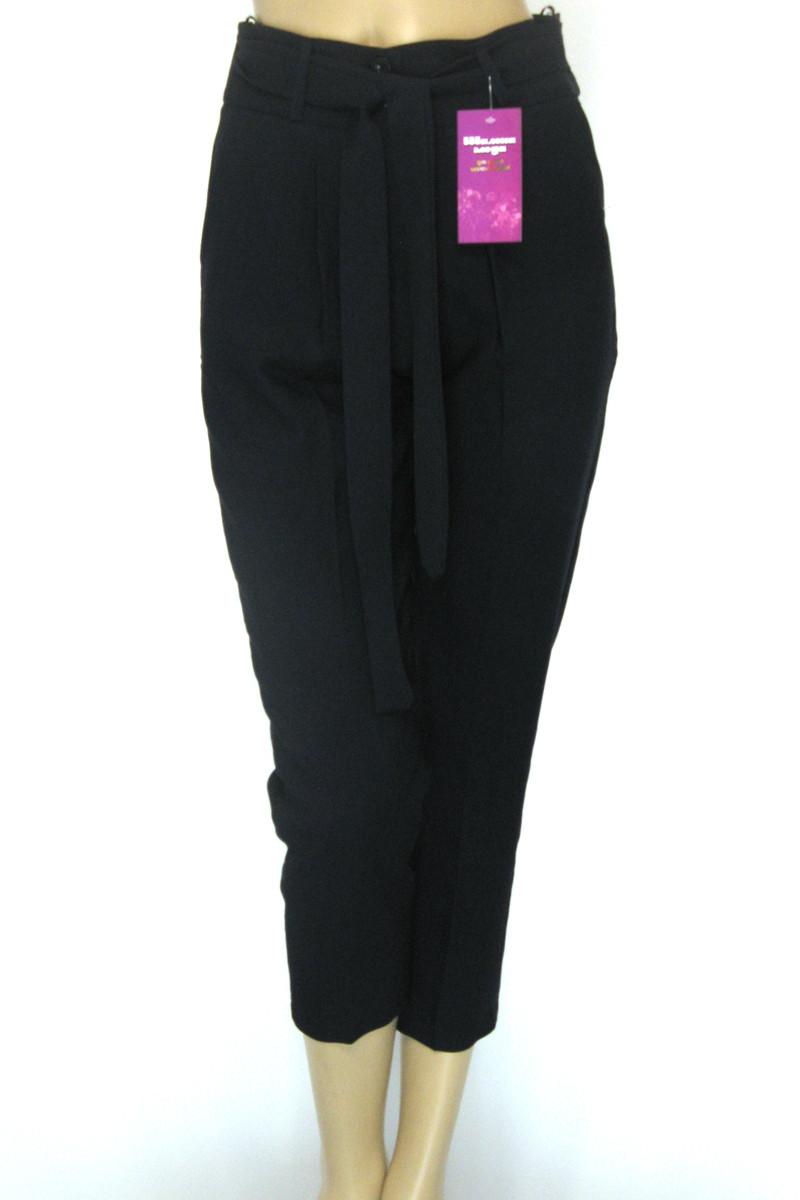 Жіночі чорні вкорочені брюки з високою талією