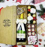 """Подарунковий набір 64 """"Новорічна скринька з шампанським"""" Подарунок на Новий рік, Різдво,корпоративні подарунки"""