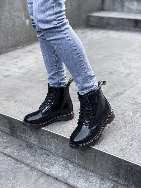 Женские лаковые ботинки Dr. Martеns