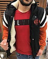 Мужская куртка черная с оранжевыми рукавами, зимняя. Куртка теплая с капюшоном. Размеры (S,M,L,XL,XXL)