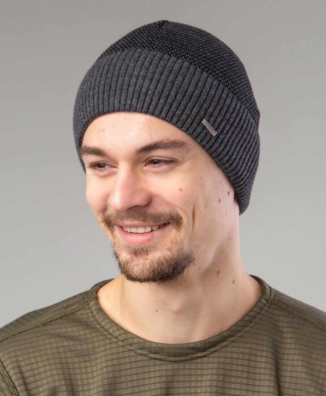 Мужская шапка на зиму на флисе  - Артикул 2513
