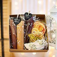 """Подарунковий набір """"Lady BOX"""". Пастила та фруктові чипси"""