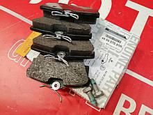 Тормозные колодки задние на Renault Trafic III Renault (Original 440607091R)