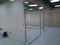 Офисная стеклянная перегородка с фурнитурой Palermo