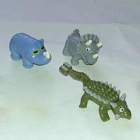 Комплект 4 животных динозавры и мамонт из Киндер Сюрпризов Kinder