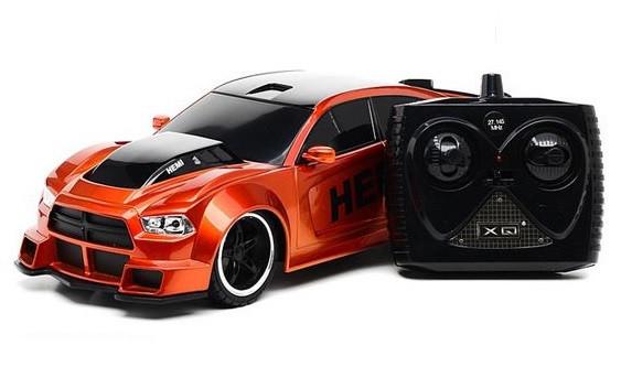 Автомобиль Dodge Charger