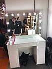 Стіл для візажиста з фарбованими МДФ фасадами, фото 2
