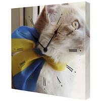 """Настенные часы с украинской символикой """"Патриотичный кот"""""""