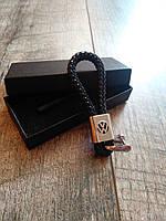 Шкіряний брелок для ключів з логотипом Volkswagen кожаный для автомобиля фольцваген + подарункова коробка