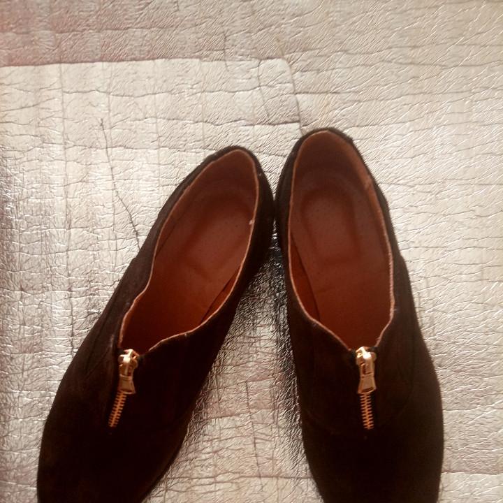 Женские туфли из натуральной замши шоколадного цвета