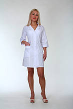 Классический белый медицинский халат женский