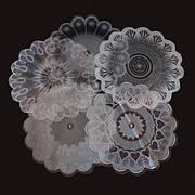 Салфетка цветочная 20см. прозр.+рис. Белая