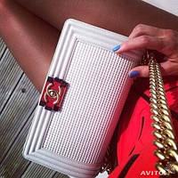 Chanel Le Boy Круиз сумка   , клатч 27 см Белая