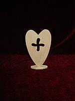 "Знак ""+"" в сердце на подставке (17 х 11 см), декор"