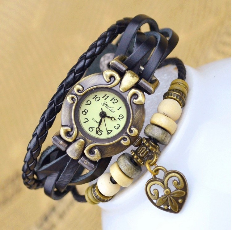 Часы женские AFRICA black white