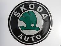 Антиковзаючий силіконовий килимок на торпедо з логотипом Skoda