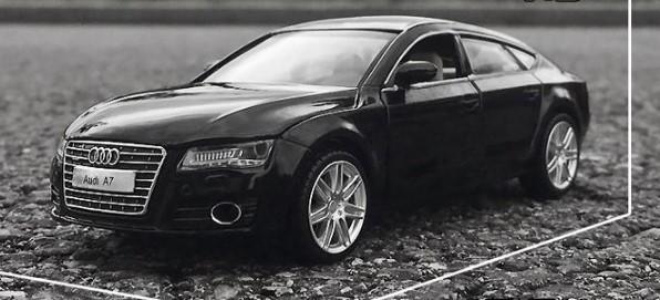 Коллекционная модель Audi A7 (черная)