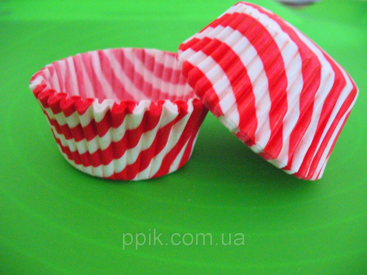 Тарталетки (капсулы) бумажные для кексов, капкейков Красные в белую полоску