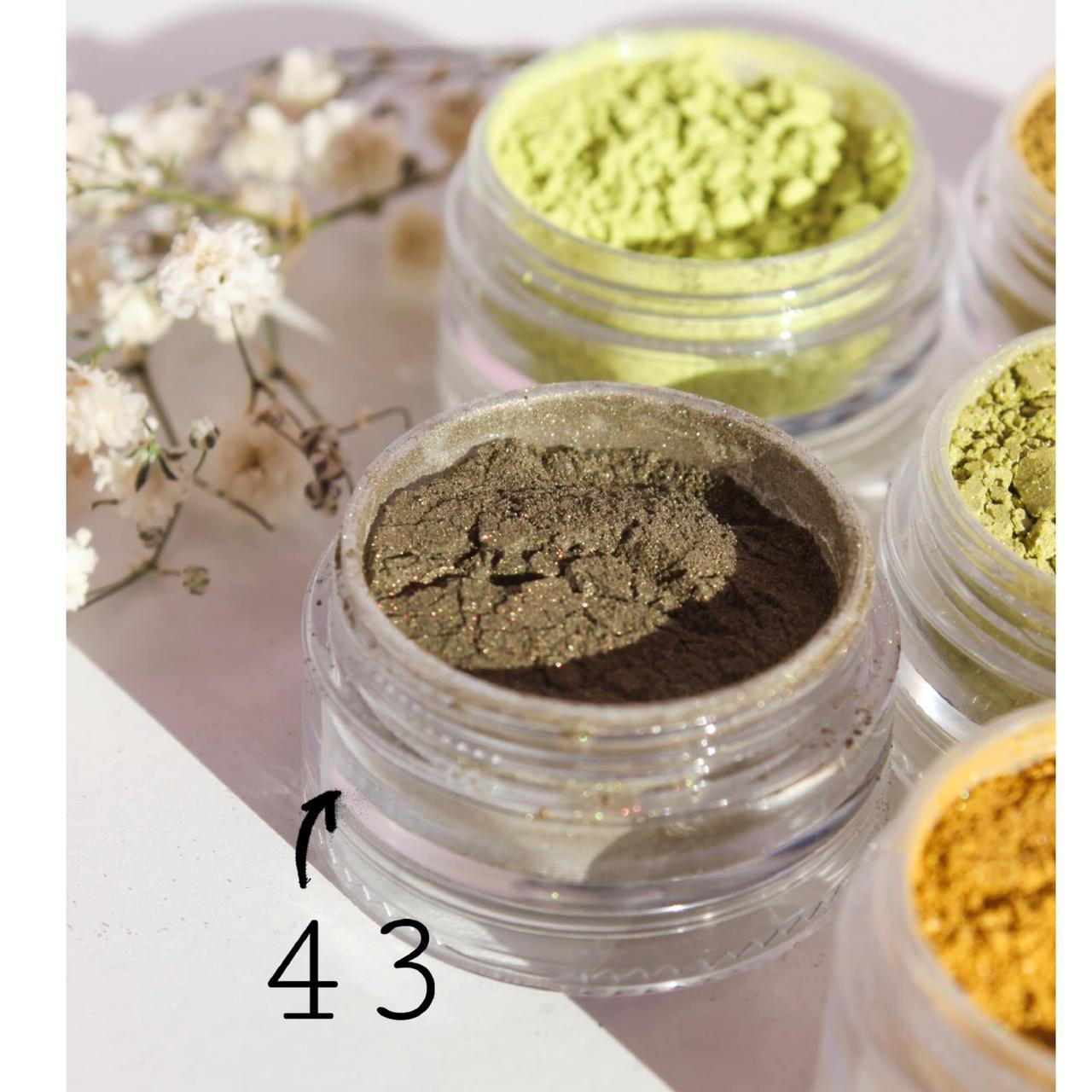Тени для век  Старинное золото(43 тон) 5 мл - рассыпчатые из природных минералов, в палитре 54 оттенка!