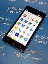 Смартфон Prestigio Muze D5 LTE PSP5513 б.у